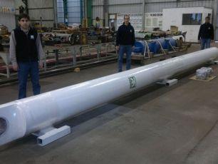 Para YPF S.P. recuperamos integralmente cilindros hidráulicos de izaje de torre principal de equipos de perforación de pozos de petróleo & gas.